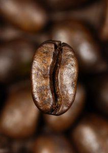 قهوه نوشیدنی محبوب و جذاب
